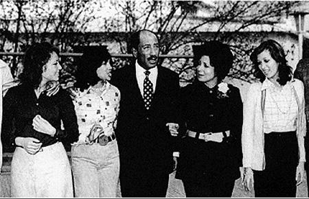 sadatfamily.lobna,jihan,wife jihan,noha